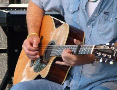 guitar-366301_1280